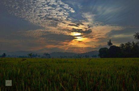 Sunrise at Sawarna, photo owned by Rahmi Fauzia.