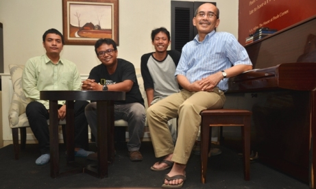 Tim Majalah Marketing Bersama Faisal Basri; foto: Asep Toni Koes