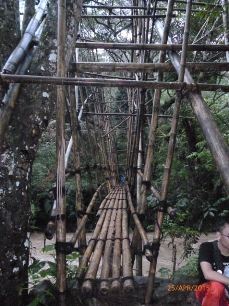 Jembatan Menuju Leuweung Larangan