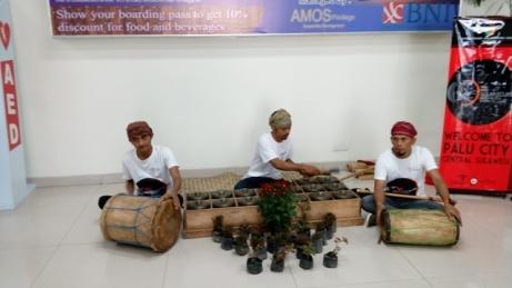 Sambutan di Bandar Udara Mutiara SIS Al-Jufrie, Palu