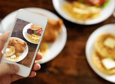 Food Porn Instagram - sumber theatlanticdotcom