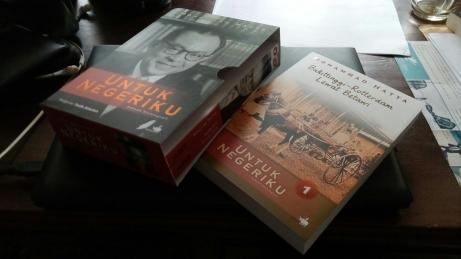 Untuk Negeriku: Sebuah Otobiografi Mohammad Hatta